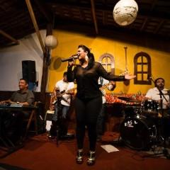 Música do Brasil com Hêmilly Lira no Taberna 88